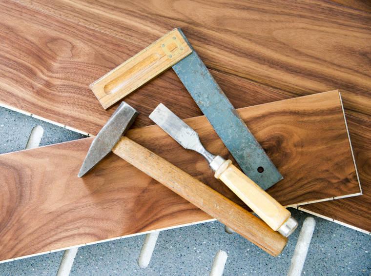 Werkzeuge für die Bodenverlegung - Bodenbeläge Bassinger, Markt Schwaben